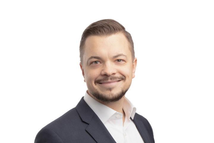 Palveluliiketoiminnan johtaja Antti-Pekka Hulkko, Helsingin Kamari oy