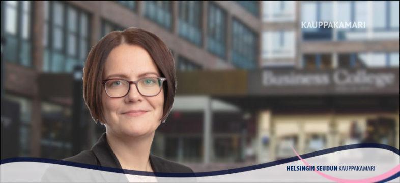 Asiantuntija Riikka Vataja Helsingin seudun kauppakamarista.