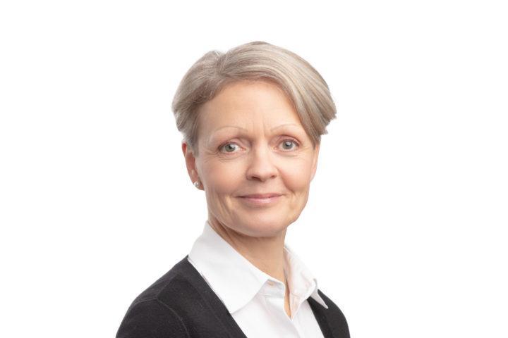 maankäyttö- ja liikenneasioiden päällikkö Tiina Pasuri, Helsingin seudun kauppakamari