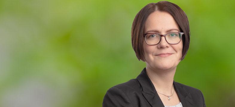 Helsingin seudun kauppakamarin asiantuntija Riikka Vataja, osaaminen ja kasvupalvelut.