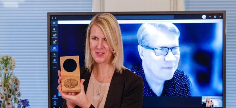 Tamro palkittiin Vantaa-mitalilla.